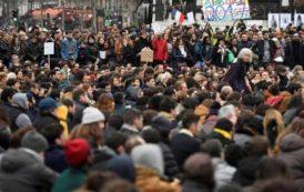 பிரான்ஸ் அதிபர் தேர்தல்: வேட்பாளர்களுக்கு எதிராக பொதுமக்கள் போராட்டம்