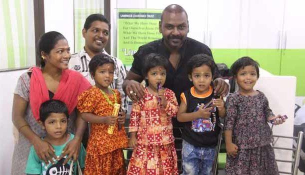 ஒரே பிரசவத்தில் பிறந்த 4 குழந்தைகளை தத்தெடுத்த ராகவா லாரன்ஸ்