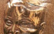 பிரான்சில் புலிகளின் முக்கியஸ்தரின் திருவுருவப் படம் சேதமாக்கப்பட்டது