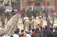 தமிழக இந்திய விமானப்படை வீரர் அபினந்தன் இந்திய அதிகாரிகளிடம் 9 மணிக்கு ஒப்படைப்பு
