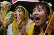 அமெரிக்கா மற்றும் சில ஐரோப்பிய நாடுகளில் ஓரினச் சேர்க்கையாளர்கள் திருமணம் செய்துகொள்ள சட்ட அங்கீகாராம்