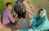 காதலுக்காக தன்னுடைய சொகுசு வாழ்க்கையை உதறிதள்ளிய வெளிநாட்டு பெண்..!!!