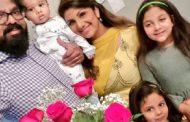 நடிகை ரம்பா குடும்பத்தினர் புகைப்படம் சமூகவலைதளத்தில் வெளியாகி வைரலாகியுள்ளது..!!