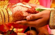 இந்தியா கர்நாடகா மாநிலத்தில் விதவை மருமகளுக்கு மறுமணம் செய்து வைத்த மாமி, மாமனார்