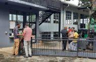 இரண்டுமாத சம்பளம் வழங்கத்தால் டீ புஸ் நிலையத்தை முற்றுகையிட்டனர் ஊழியர்கள்!!!