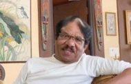 வீட்டில் ஸ்டிக்கர் ஒட்டி தனிமைப்படுத்தப்பட்ட பிரபல இயக்குனர்...!!