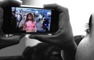 தாய்லாந்தின் பாராளுமன்ற கூட்டத்தின் பொழுது பட்ஜெட் உரையின் போது   மொபைல் போனில் ஆபாச படம் பார்த்த நாடாளுமன்ற உறுப்பினர்!!