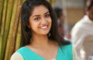 நடிகை கீர்த்தி சுரேஷா இது..அழகில்  ஜொலிக்கிறார்