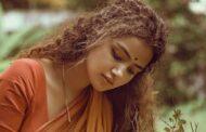 லையில் ரசிகர்கள் மனதை கொள்ளை கொண்ட ப்ரேமம் பட நடிகை..!
