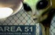 அமெரிக்காவின் ஏரியா-51 தளத்தில் நடக்கும் ரகசிய Alien ஆராய்ச்சிகள்! இதோ மர்மம் வெளிச்சத்துக்கு வந்தது (வீடியோ)