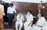 விஜயகாந்துடன் முதலமைச்சர் மு.க.ஸ்டாலின் சந்திப்பு
