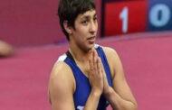 உலக மல்யுத்த சாம்பியன்ஷிப் - இறுதிப்போட்டியில் வெள்ளிப் பதக்கம் வென்றார் அன்ஷூ மாலிக்